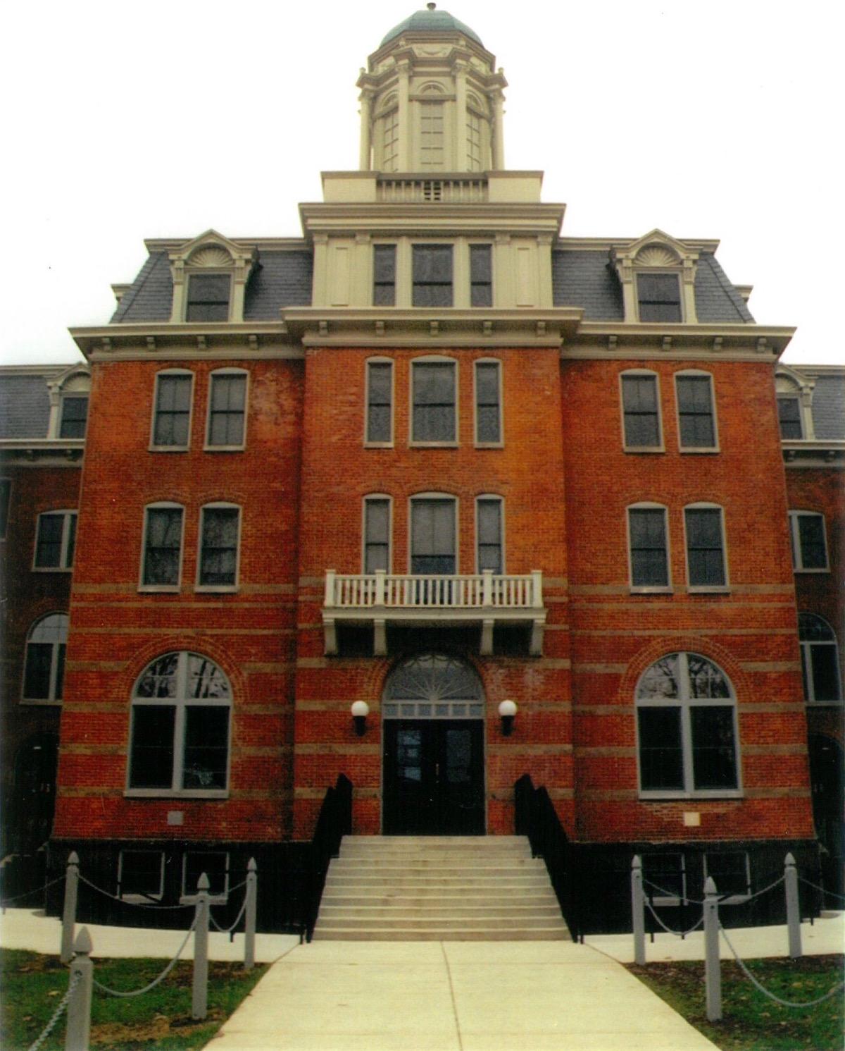 Kriebel Hall Front (1)